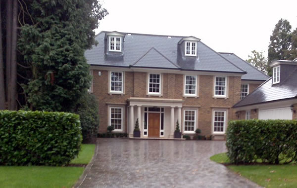 New Home Building by Woodlands Construction - Burwood Park Walton on Thames Surrey